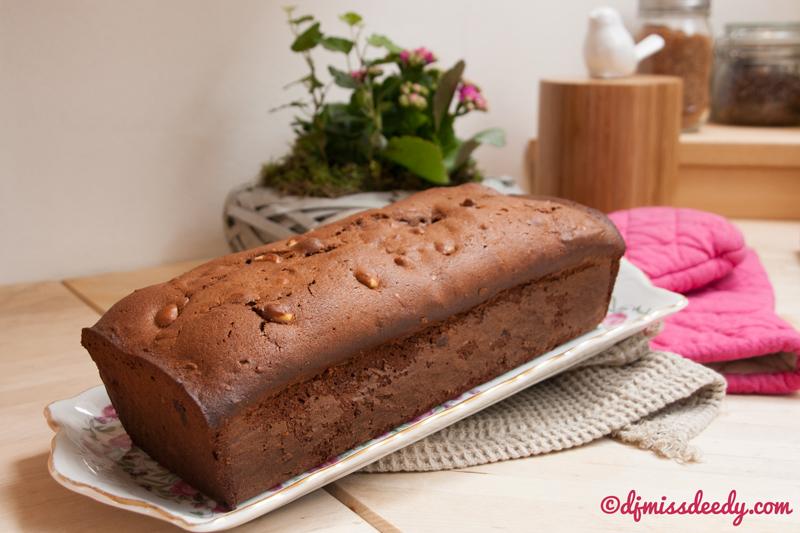 Chocoladecake met Amarenen en cantuccini | www.deedylicious.nl