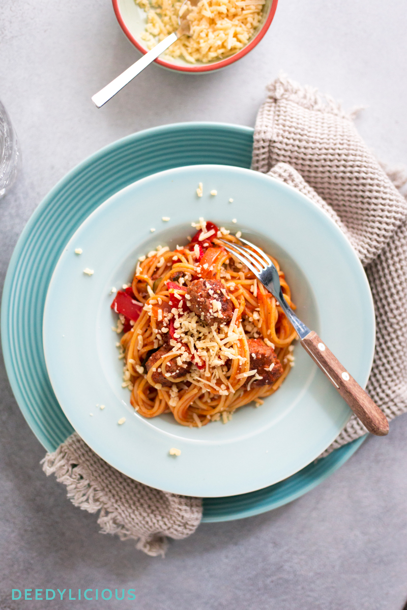 Spaghetti met Siciliaanse gehaktballetjes | www.deedylicious.nl