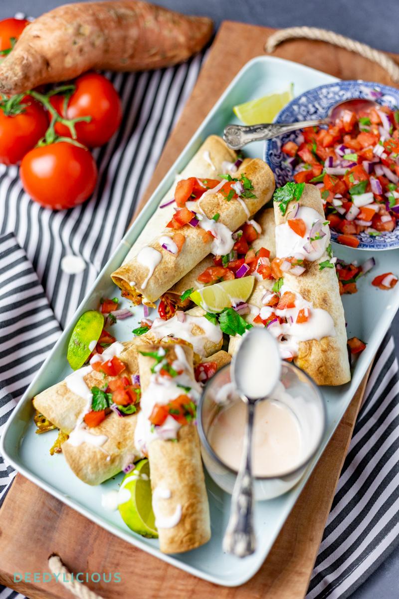 Vegetarische taquito's met Pico de Gallo | www.deedylicious.nl